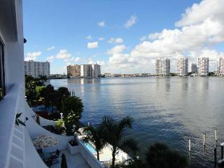 Beautiful 1 bdr in Sunny Isles Beach