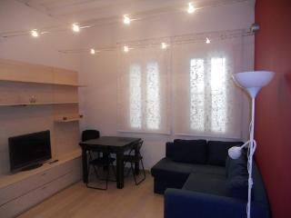 Bonito apartamento cerca de Sants, Barcelona