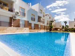 Apartment M, Air -  Con, Swimming Pool, Very Close To Beach Cabanas De Tavira.