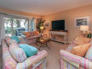 1412 South Beach Villa-Oceanfront & Beautiful- 2016 Dates Available., Hilton Head
