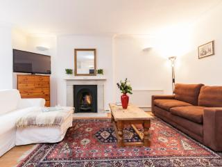 Kensington Lovely 2bed/2bath, Londra