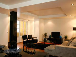 InSuites Chiado Apartment 2 bedroom, Lisbon