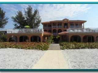 LaCasa Costiera on Beach Special July $2900./wk.