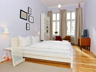 Stunning apartment in Kreuzberg-Bergman apartment, Berlin