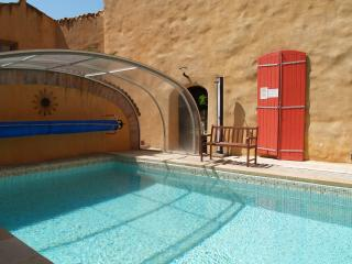 le Jardin : gite privé entre piscine et jardin