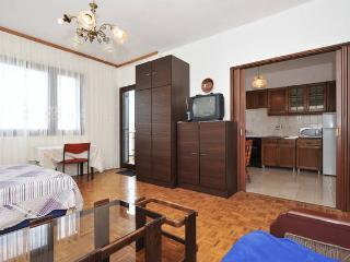 Affordable 7person ap. Zadar,Kozino, Croatia