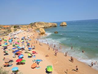 Perfect 2 bed apartment with sea views. Sao Rafael, Albufeira.