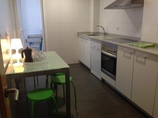 Piso de 4 dormitorios en La Coruña, A Coruña