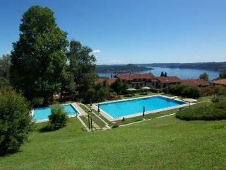 Lesa 2 bedroom apartment with pool