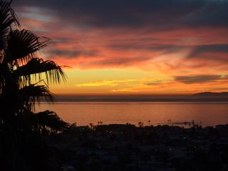 ARTISTS PENTHOUSE : Epic views, great location,, San Clemente