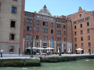 Lovely Home (SPA, wife, sat TV, elevator), Ciudad de Venecia