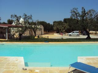 villa Emilia, bellissimo trullo con piscina, San Michele Salentino