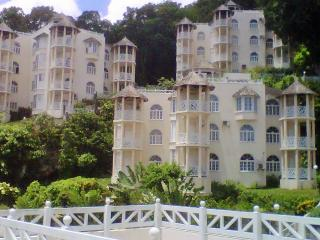 THE LOVE NEST, Ocho Rios