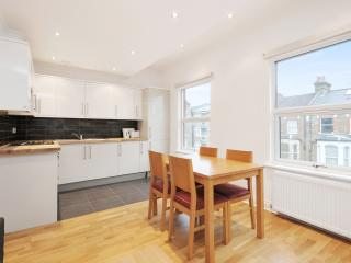 Maida Vale Big newly refurb 3 bed 2 bath, 98, Londres