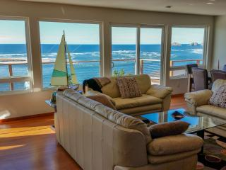 Breathtaking Bay and Ocean Views!, Netarts