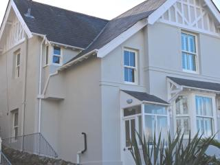 Recently renovated 4-bedroomed house in Salcombe.
