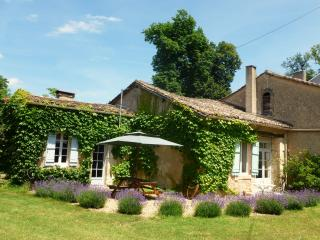 La Feuillade cottage in the Dordogne