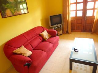 24) Luxury Apartment Regal Park, Candolim