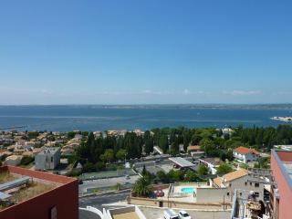 SETE VUE SPLENDIDE MER/ETANG-CHAMBRE D'HOTE DOUBLE, Sète