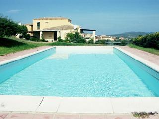 Villa dei due Mari con piscina privata 12 p.l., Stintino