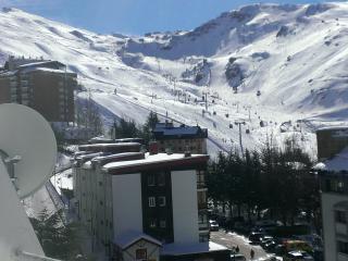 Sierra Nevada. Edific Mont Blanc 6 pers. zona baja