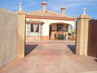 Beautiful secluded Villa with own swimming pool,, Chiclana de la Frontera
