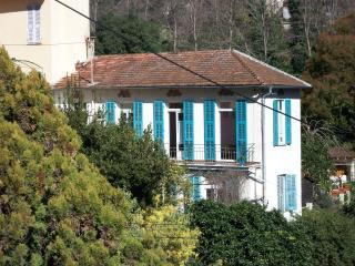 un trois pièces calme et sa grande terrasse, Menton