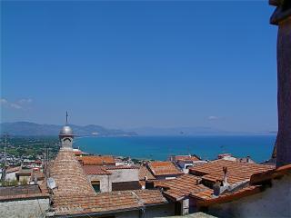 appartamento casa del 1350, adatto x vacanze mare, San Felice