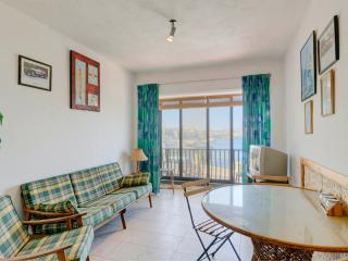 3 Bedroom Apartment, Sea front St. Paul's Bay