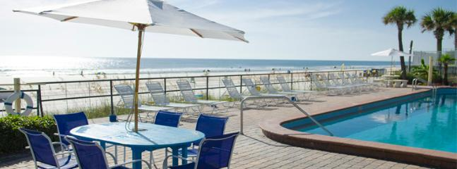 Oceanside Inn - Partial Ocean View  / City View Hotel Room - 2 Beds