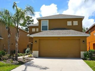 4 bedroom Pool house 15 min. From Disney -Wifi, Kissimmee