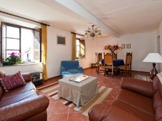 Charming house in quaint Tuscan village, Fosciandora