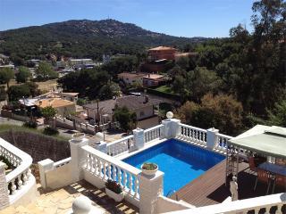 Beautiful villa with private pool and garden, 7 pe, Lloret de Mar