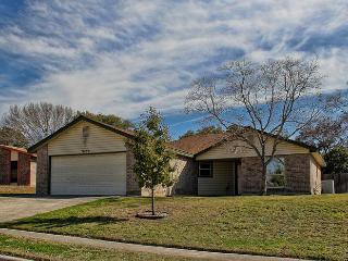 2 Homes in San Antonio near Lackland and SeaWorld!