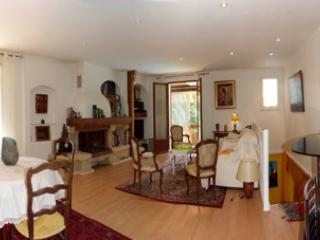 Wohn-Esszimmer 1 Küche Stockwerk mit Blick auf Terrasse und Garten, sehr großes Zimmer l