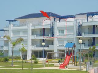 Luxury 2 bedroom apartment, golf & pool views, Rota