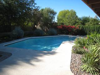 LovelyHome in heart of Scottsdale with PRIVATE HEATED POOL