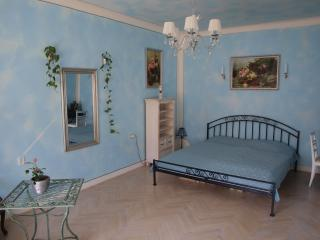 A Genuine Romantic Apartment, Prague