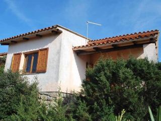 Villa Mancini con vista mare e piscina, Santa Teresa Gallura