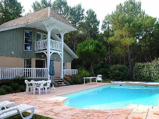 Lacanau Ocean villa with pool