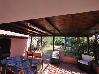 Villa Elicriso5 con vista mare e giardino privato, Santa Teresa di Gallura