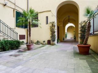 'COLOSSEO' apartment in Rome - 100m2, free Wifi