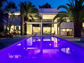 Luxury Designer Villa with Pool & Tropical Garden, Ibiza Town