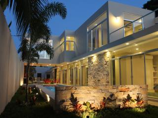 Villa mexicana contemporánea, Merida