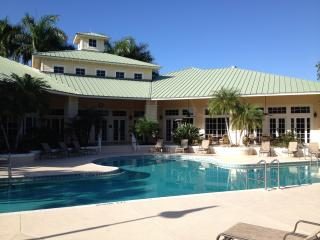 #1 Golf  Naples $3700/mo winter - $2000/mo summer, Napels