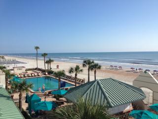 Oceanfront One-Bedrm Condo/204/Daytona Resort