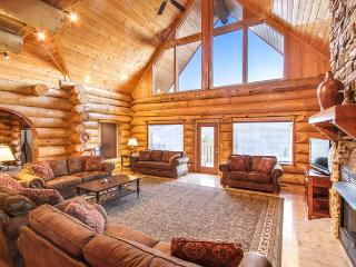 Aug 12-15 from $629/nt~6 KG Master Suites! Sleeps 25, Game Rm, Great Mtn Views