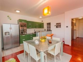 Delux apartmen whith balcony - SPLIT, Split