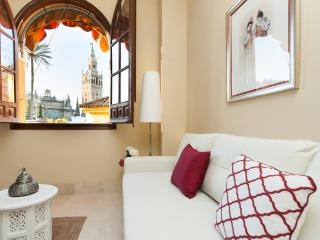 APARTMENTSOLE-NEW APARTMENT WITH FANTASTIC VIEWS, Seville