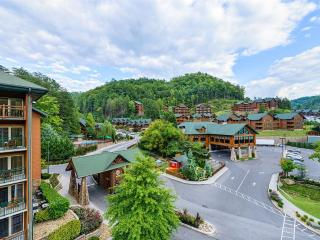 Westgate Smoky Mountain Resort - 2 Bedroom Villa, Gatlinburg